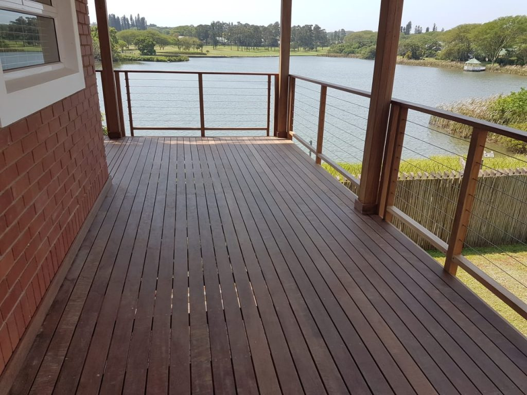 Deck at the water