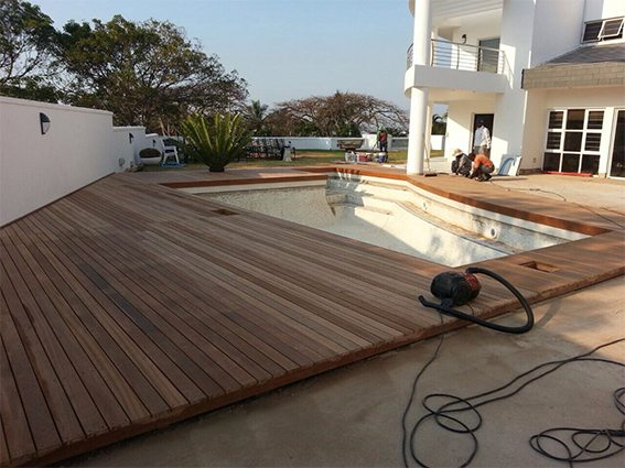 Large angular timber pool deck