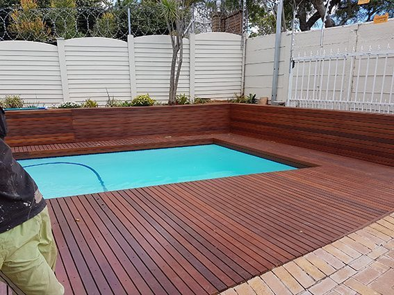 Balau timber deck with oil based sealer