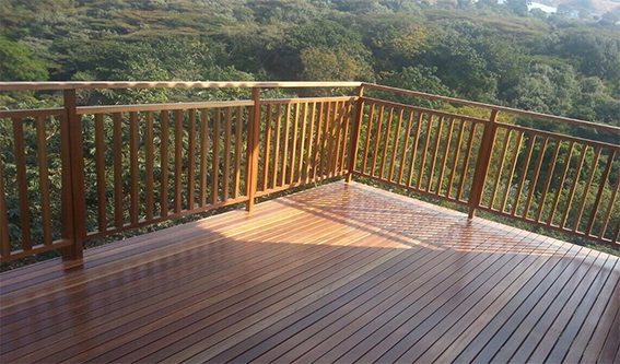 Custom timber deck and timber balustrading